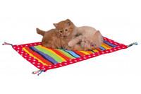 Подстилка для кошки TRIXIE, ЦВЕТНОЙ С КИСТОЧКАМИ , 55 х 37 см